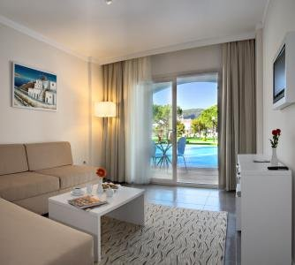 Batihan Beach Resort Spa