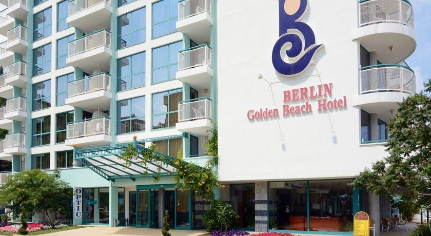 Berlin Golden Beach